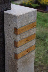 Grabmahl Kombination Holz und Stein